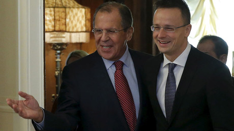 Russian Foreign Minister Sergei Lavrov (L) and his Hungarian counterpart Peter Szijjarto © Maxim Shemetov