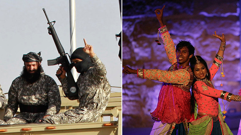 Bollywood-boarding: UK special forces in Libya 'torture' ISIS with Indian pop tunes