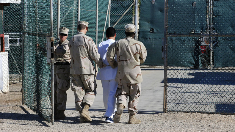 'Mental torture': Gitmo inmate testifies against guards at US prison camp