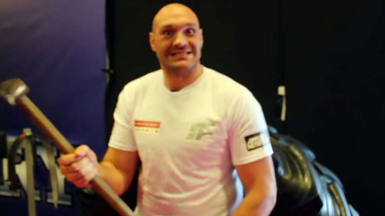 Tyson Fury threatens Klitschko with an axe (VIDEO)
