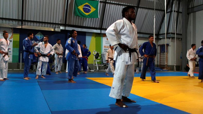Refugee team to compete in Rio Olympics