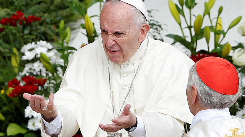 Pope Francis vows to remove pedophile cover-up bishops with new church law