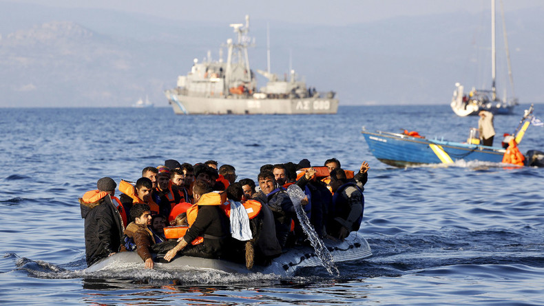 'No ticket to Europe': Send refugees back home or settle them on islands, says Austrian FM