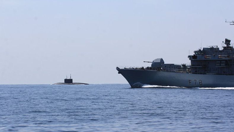 UK media hail Navy's 'intercept' of Russian sub… which was not hiding