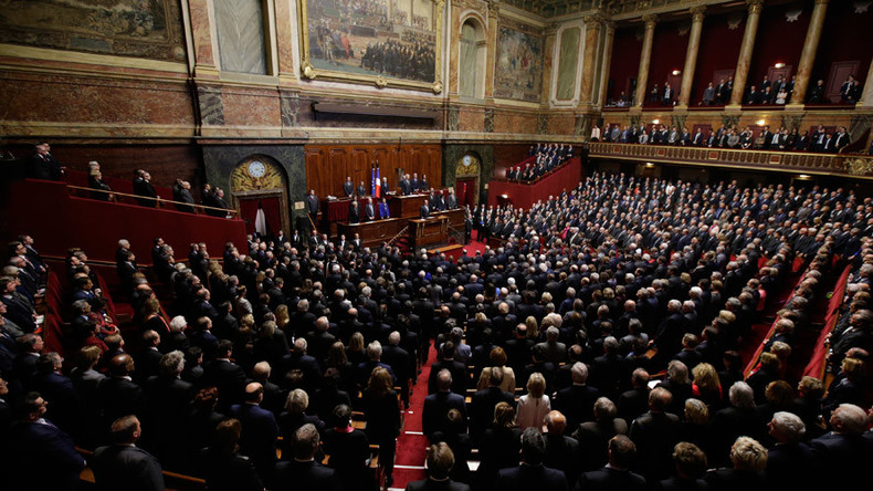 French Senate supports resolution to lift EU sanctions against Russia