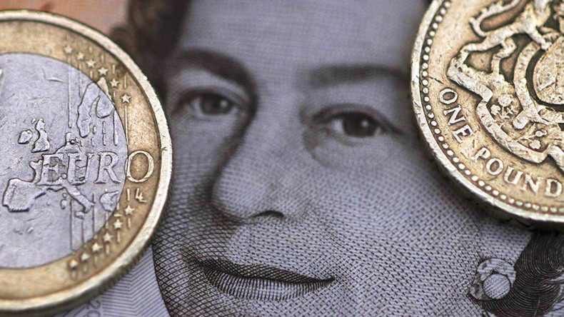 Run on banks? Brits rush to buy euros, dollars ahead of Brexit vote
