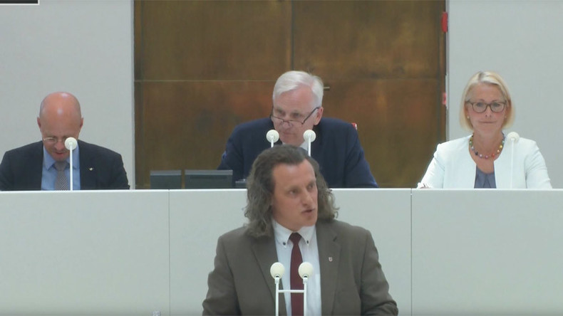 German MP speaks out on diversity bill, addressing 60 genders (VIDEO)