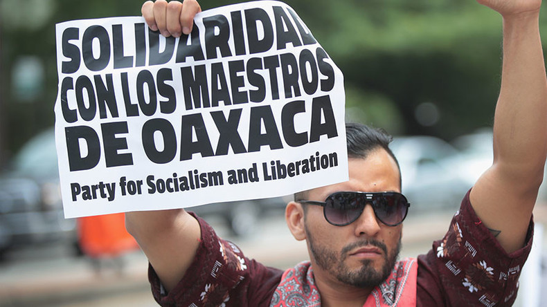 2nd day of protests outside NYC Mexico consulate over Oaxaca killings (VIDEOS)