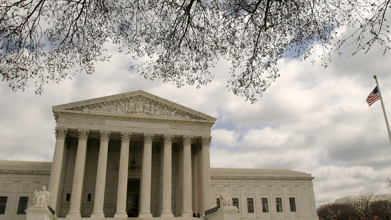 Supreme Court blocks Obama anti-deportation order with 4-4 tie