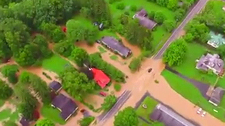 23 dead in West Virginia flooding, hundreds still stranded (PHOTOS, VIDEO)