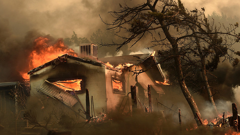 'Firefight of epic proportions': California wildfire kills 2, forcing thousands to flee homes