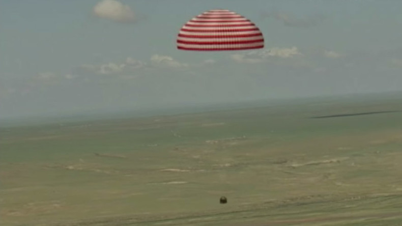 Re-entry capsule for China's next-gen space carrier lands in Inner Mongolia