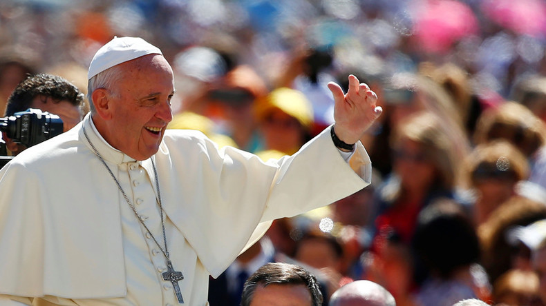 Church should apologize to gays & women for ill treatment – Pope Francis