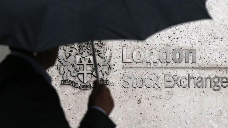British Pound falls to 30-yr low against US dollar