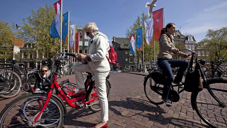 Amsterdam wants to take London's crown as global financial hub