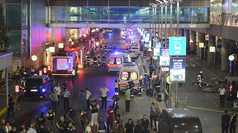 Turkish airport blast caught on camera (GRAPHIC VIDEO)