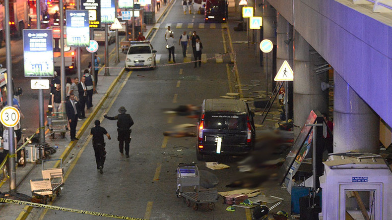ISIS-suspected blasts rock Istanbul's largest airport