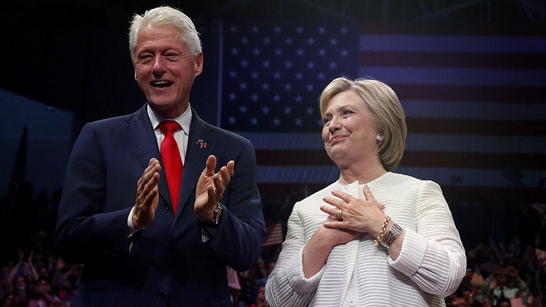 Bill Clinton's secret meeting with Loretta Lynch sparks suspicions over Hillary email scandal