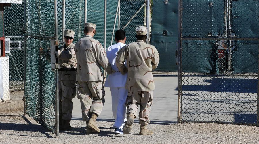 'Mental torture': Gitmo inmate testifies against guards at US prison camp