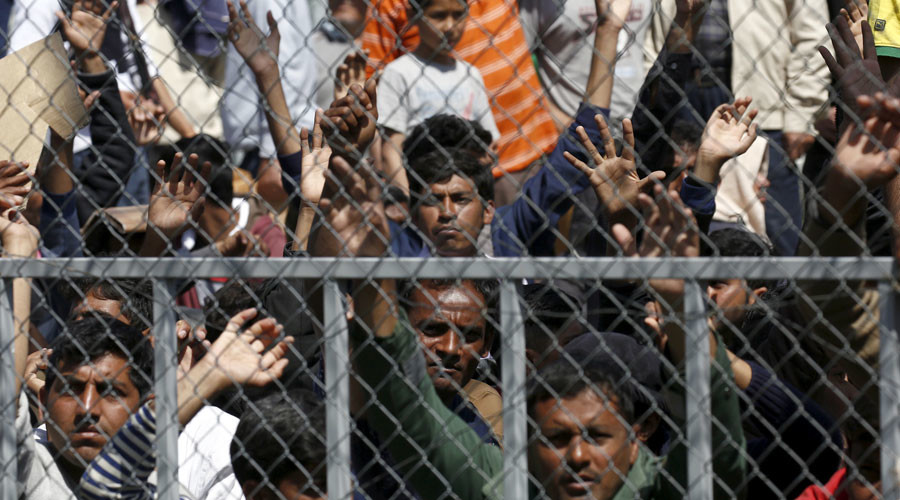 'Reckless & illegal': Amnesty calls on EU to halt refugee deal with Turkey
