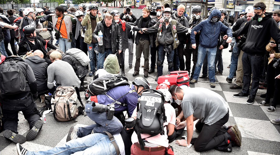 At least 40 injured, 58 arrested in Paris anti-labor reform protests – police