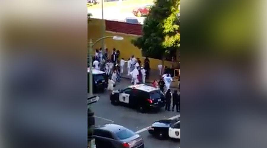 Teenage girl dead, 4 people injured in Oakland shooting