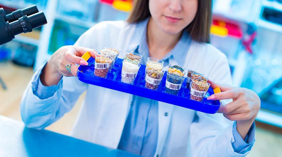 Senators reach bipartisan deal on GMO food labeling
