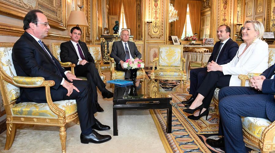 Hollande rejects Le Pen's calls for Frexit referendum