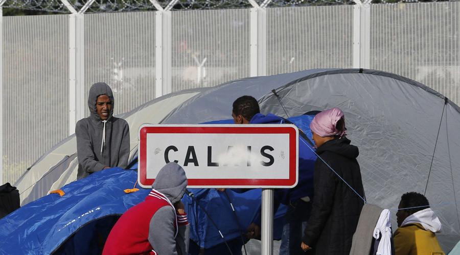 Calais migrant crisis: Brexit will make France 'more demanding' of UK