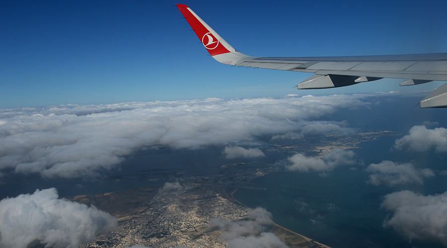 Putin lifts Turkey tourism ban