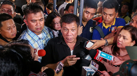 Bounty war: Drug lords raise offer for Philippines leader's head to $1,000,000