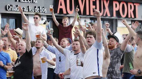 England fans taunt Russia supporters ahead of England's EURO 2016 match in Marseille, France, June 10, 2016. © Jean-Paul Pelissier