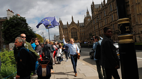 Petition calling for UK to hold 2nd EU referendum soars past 2mn signatures
