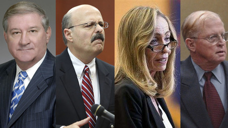 Donald Myers (L), Bernie de la Rionda (2-d L), Jeannette Gallagher (2-d R), Paul S. Ebert (R). © Lexington county / prosecutors.nationalcdp.org / Reuters
