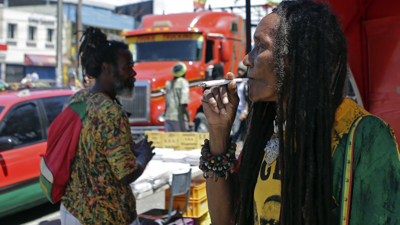 Jamaican cannabis kiosks at airports could give tourists legal highs