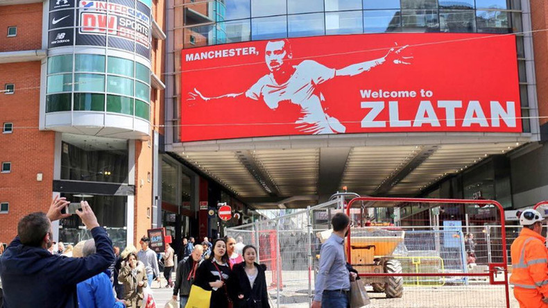 'Manchester, welcome to Zlatan': United welcomes Ibrahimovic with huge billboard