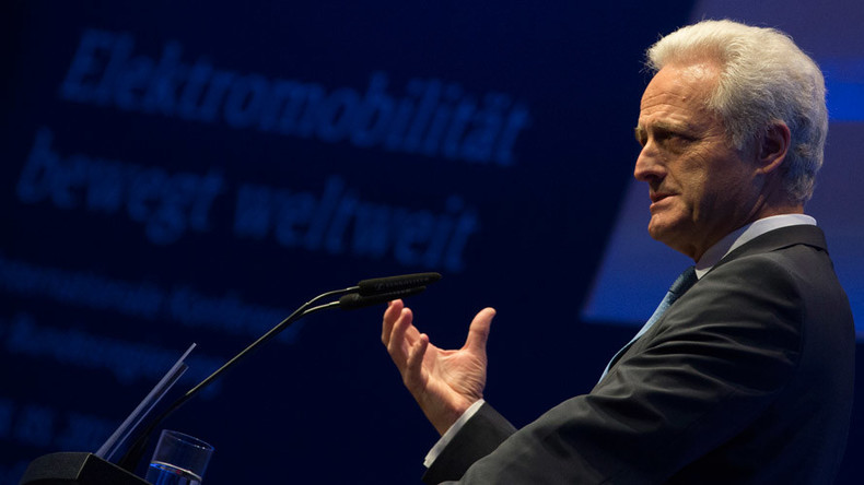 German ex-minister accused of calling photographer 'filthy Greek'