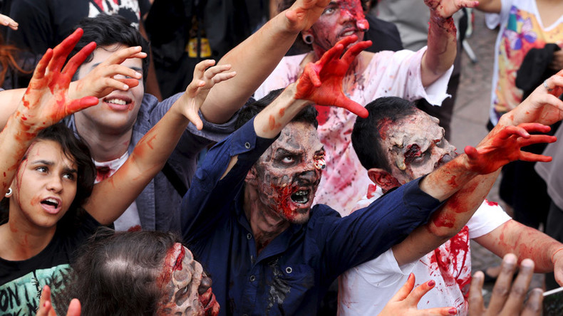Pentagon nurses take 'zombie pandemic' course to train for real life outbreaks