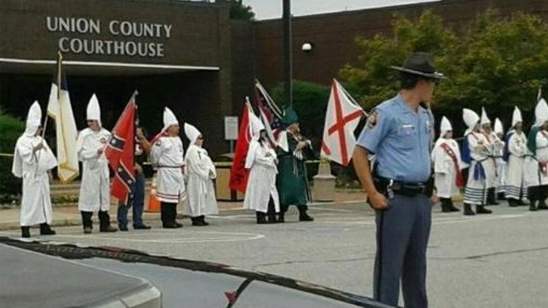 'Infringement on free speech': KKK Adopt-A-Highway lawsuit goes to trial