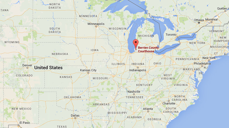 2 bailiffs, shooter dead after shots fired at Michigan courthouse