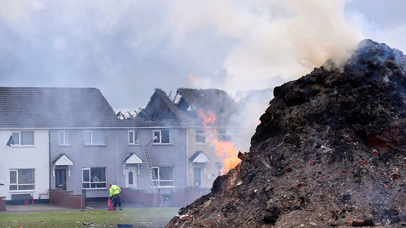 Epic bonfires light up Northern Ireland skies & destroy homes during 11th Night celebrations (VIDEO)