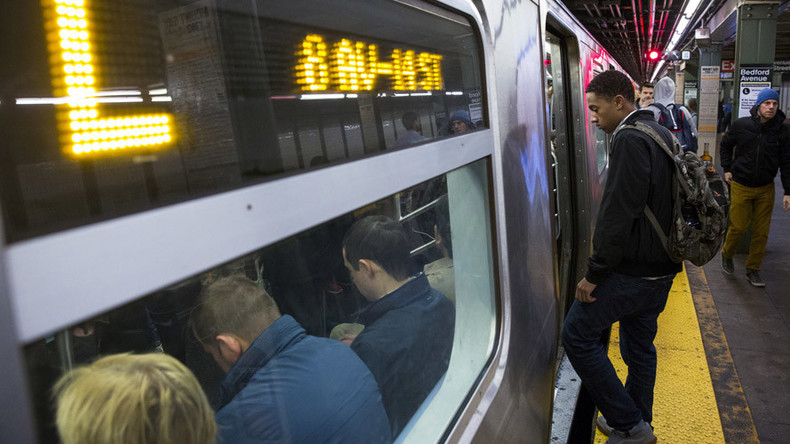 Power outage disrupts New York subway on blackout anniversary