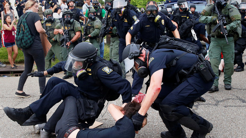 ACLU sues Baton Rouge police, calls for temporary restraining order on future protests