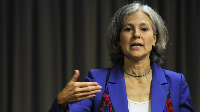 Donations to Green candidate Jill Stein skyrocket after Sanders endorses Clinton