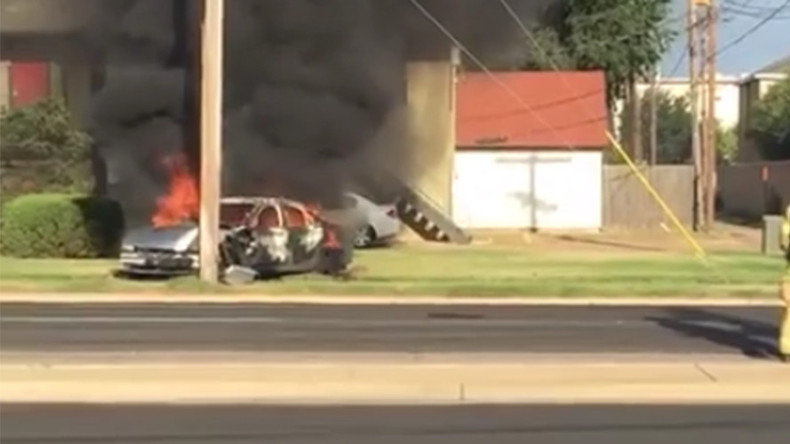 Drunk driver's car bursts into flames after hitting electricity pole in Texas (VIDEO)