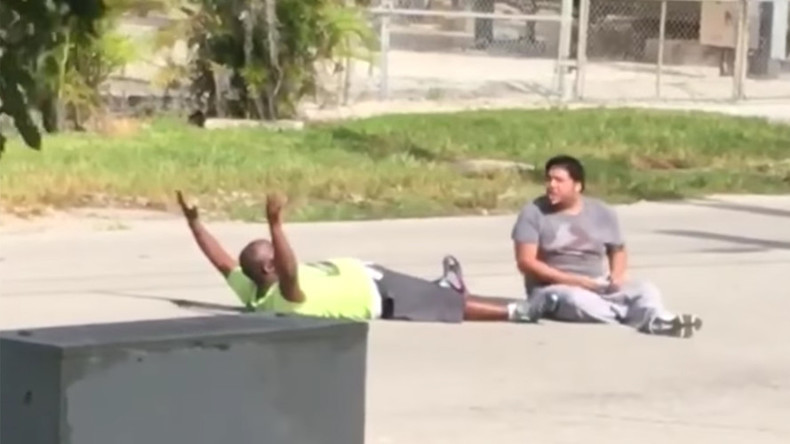 Fla. police shoot unarmed therapist lying on ground beside patient w/ autism (VIDEOS)