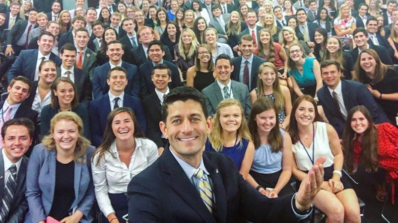 Finally, a Capitol Hill intern selfie that reflects American voters (PHOTO)