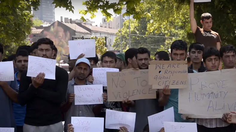 Refugees in Serbia stage hunger strike, demand Hungary opens border (VIDEO)