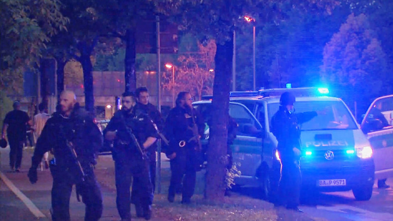 18yo German-Iranian goes on shooting rampage in Munich: Facts known so far