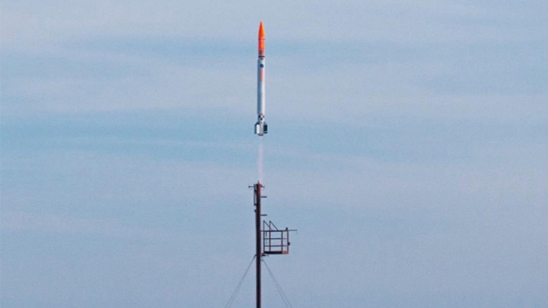 Danish crowd-funded space rocket crashes into sea (VIDEO)